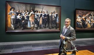 Alle schuttersstukken van Frans Hals onder één dak in Haarlem. 'Schilder - en schutter - met besmet blazoen voltooide schilderij'