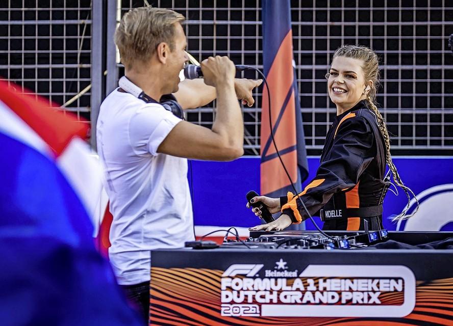 Armin van Buuren en Davina Michelle.