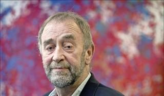 Verslaggever Cees van Hoore spoorde de ontsnapte oorlogsmisdadiger Klaas Carel Faber op in Duitsland. 'Het komt een beetje neer op het aan het schrikken maken van een opa'