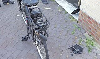 E-bike vat vlam in garagebox: 'Ik heb snel een emmer water gevuld en ben er naartoe gerend'