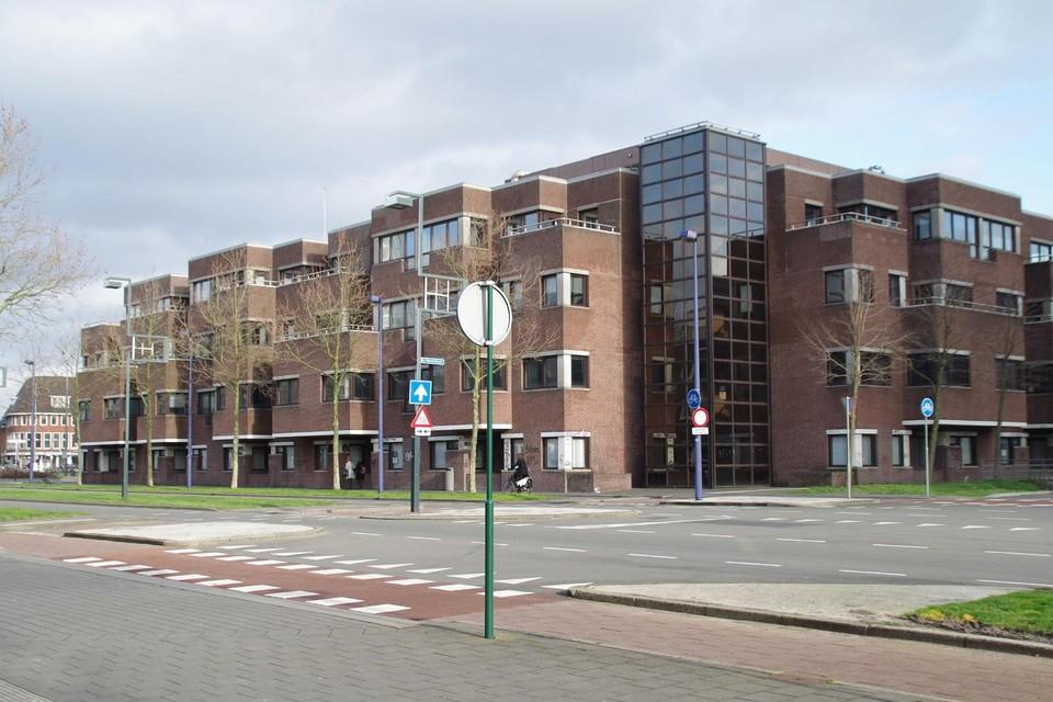 Het GAK-gebouw moet volgens het college geen monumentenstatus krijgen.