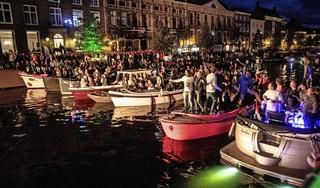 Spaarnestadconcert gaat door, dit keer aan de Bakenessergracht. 'Het eerste evenement in Haarlem na lange tijd'