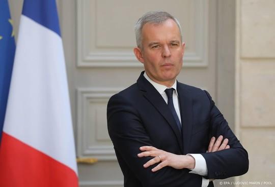 Geplaagde minister: ik haat kaviaar