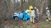 Automobilist verliest macht over het stuur in toerit naar knooppunt Eemnes, belandt tegen boom in berm