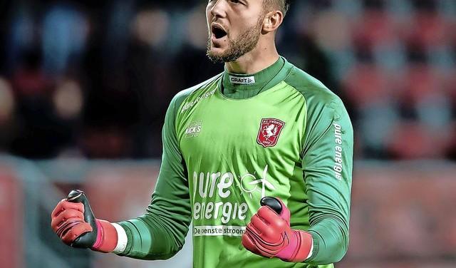 Hoe Bussumer Joël Drommel, de nieuwe doelman van PSV, van een talentvol voetballertje uitgroeide tot één van de beste keepers van Nederland: 'Ik zag meteen iets in hem, aanleg heet dat', aldus zijn ontdekker