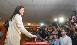 'Oppositieleidster Wit-Rusland gedwongen te vertrekken'