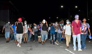 Migrantenkaravaan naar VS komt Guatemala binnen