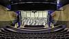 Eindexamen maken op het podium van de IJmuidense schouwburg. Xander: 'Ik zit in een orkest. Na een jaar niet op het podium te hebben gestaan, had ik niet verwacht met een examen een rentree te maken'