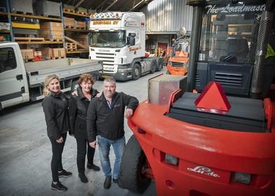 Familiebedrijf Bruinsma Transport uit IJmuiden floreert: 'We zijn na Bobs dood op dezelfde voet doorgegaan'
