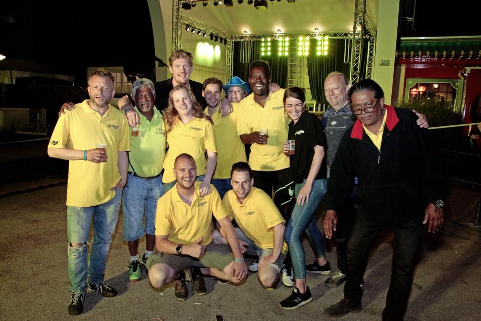 Het organiserende team van Stichting Sandesh.