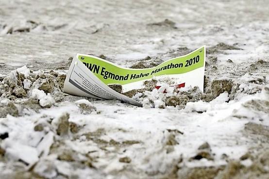 Verzameling Van De Velden: Startnummer van een afgelaste Egmond Halve Marathon