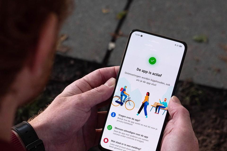 CoronaMelder: de app is vanaf zaterdag in het hele land te gebruiken.