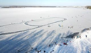 Wintersport in het Gooi; bekijk hier de mooiste foto's (en video); van Gooimeer tot Vestingwallen