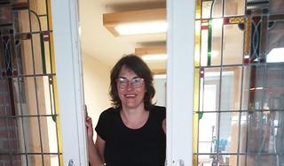 José Huijbens werkt hard aan het pand dat ze samen met echtgenoot Gertjan kocht: 'Ik heb het gevoel dat hij er nog bij is'