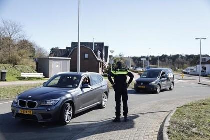 Wegen naar stranden Zandvoort en Bloemendaal blijven komende dagen dicht, Noordwijk 'tot nader order'