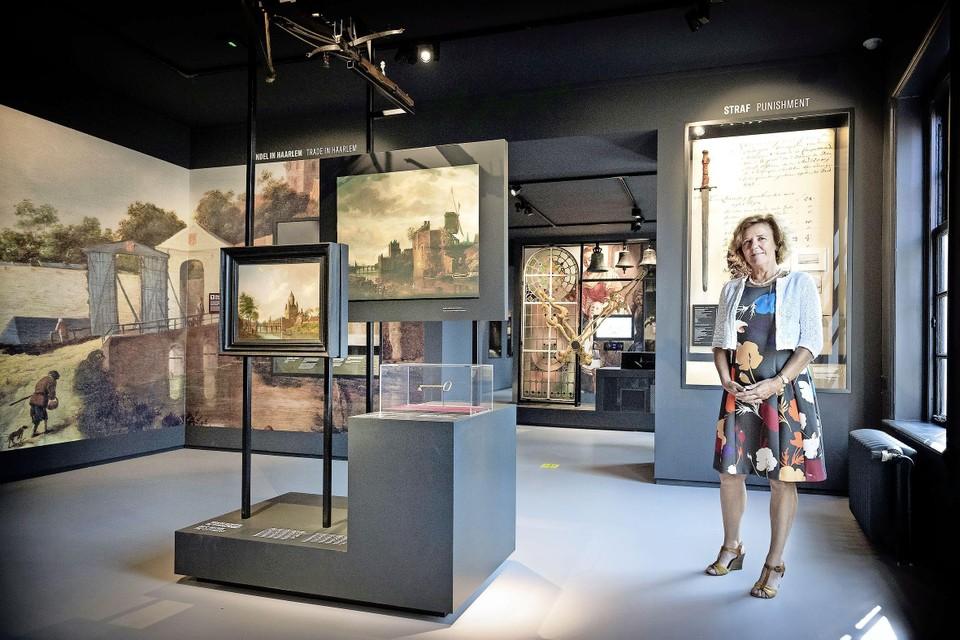 Laura van der Wijden in Museum Haarlem.