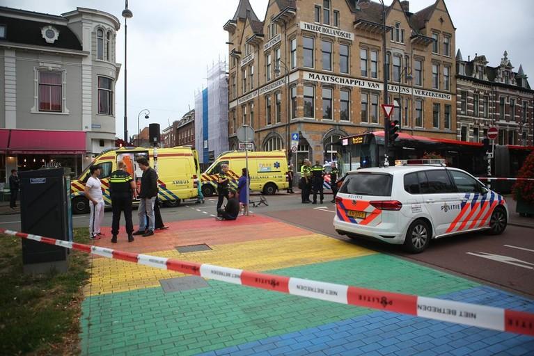 Fietsster raakt ernstig gewond bij botsing met bus in Haarlem