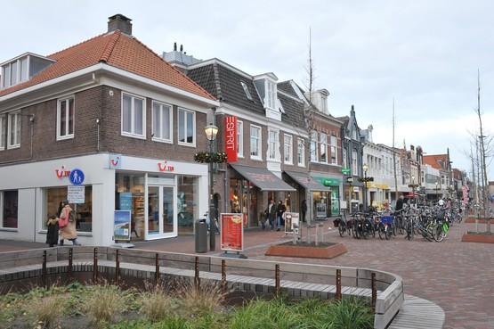 Een Beverwijkse fietsenzaak die voor winkels en restaurants in Beverwijk een bezorgdienst aanbiedt. Ondernemers kunnen dergelijke diensten aanbieden en vragen via het platform beverwijklevert.nl