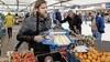 Einde van een tijdperk, Stefan Blom stopt met zijn groente- en fruitkraam