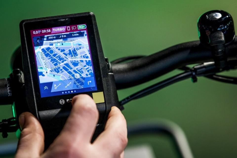 Coronaschaarste: ook displays van e-bikes gaan bij wijze van spreken op de bon.