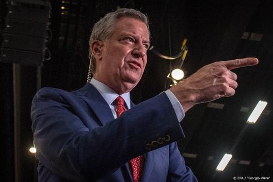 New Yorkse Burgemeester De Blasio steunt Democraat Sanders