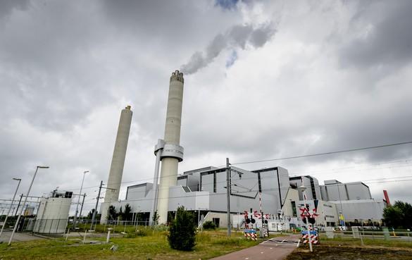 Amsterdam wil afvalbedrijf AEB niet privatiseren: wethouder stapt op