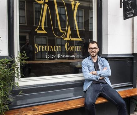 Ax in de Haarlemse Kruisstraat: piepkleine koffiebar met grote ambities