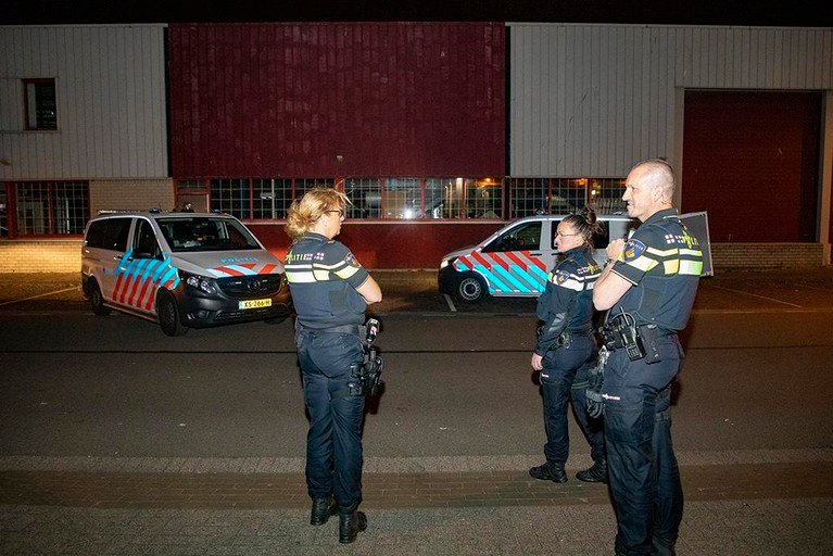Gewonde scooterrijder kiest het hazenpad na ongeluk in Haarlem
