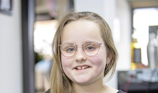 Paardenstaart van Lynn krijgt een tweede leven als pruik; haar eraf voor zieke kinderen