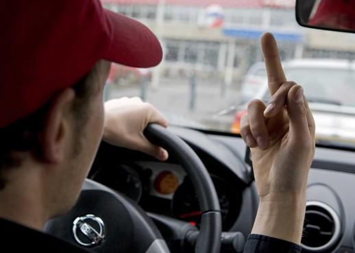 Ook zachtaardige mensen worden in de auto snel en vaak nijdig [video]