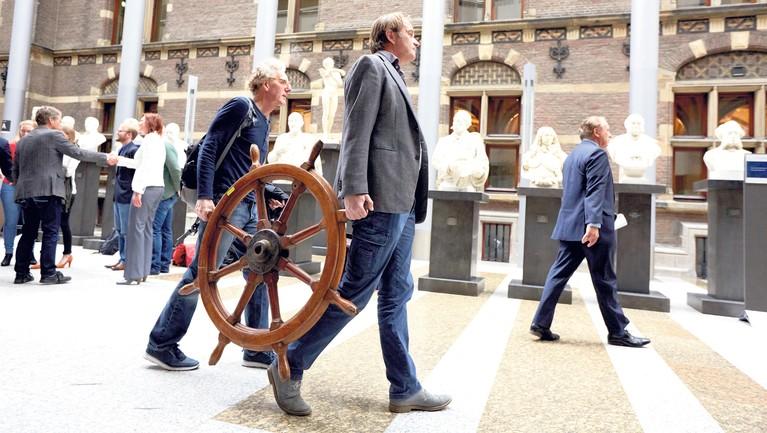 Haarlemse huisarts van actiecomité het 'Roer Moet Om' slaat alarm: kwetsbare patiënt in het nauw en de politiek kijkt weg