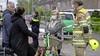 Loco-burgemeester Marlous Verbeek reageert aangeslagen op dodelijke brand aan de Delta in Huizen: 'Heel triest'; Wijkteam Vivium is 'van slag, geschokt en enorm verdrietig'