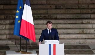 Macron: we zullen cartoons nooit opgeven