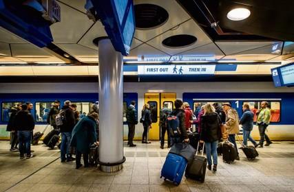 Vertragingen treinen onder de loep genomen, 'Schiphol is slechtste NS-station in Noord-Holland'
