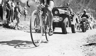 Heimwee naar helden op het zadel; anekdotes uit de Tour de France