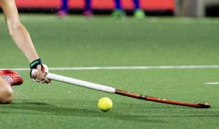 Hockeysters Bloemendaal geven tegentreffers te makkelijk weg