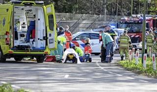 Echtgenote van gereanimeerde wielrenner is op zoek naar de man die zijn leven redde: 'Zonder hem was dit heel anders afgelopen. Daar wil ik hem zo graag voor bedanken'