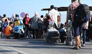 Ruim 5000 vluchtelingen op Lesbos naar nieuw kamp
