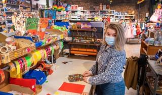 Sinterklaasinkopen doen bij de Haarlemse speelgoedwinkels: 'Wij verkopen alleen dingen die we zelf ook leuk vinden'
