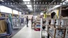 Kringloopwinkel en huiskamer openen in Molenwijk: 'De koffie is net zo hip als in de stad, maar wel voor vriendelijke prijzen'