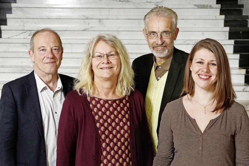 De Hilversumse PvdA-fractie, met links Joop Lahaise.