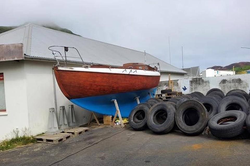 De IJslandse kustwacht zette een oproep op Facebook met een foto van de boot van Eggermont, de Laurel.