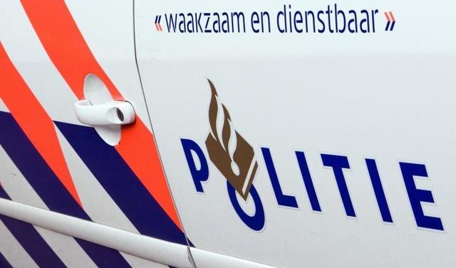 Politie zoekt relschoppers op beelden na coronamars Barneveld, Defend IJmuiden aanwezig [video]