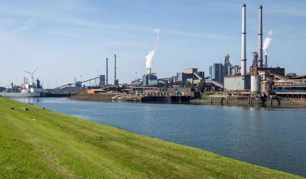 Omwonenden Tata Steel: meer onderzoek naar risico's