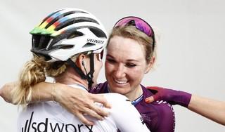 Wielrenster Pieters is 'eindelijk' Nederlands kampioen: 'De laatste keer VAM-berg was wel zwaar'