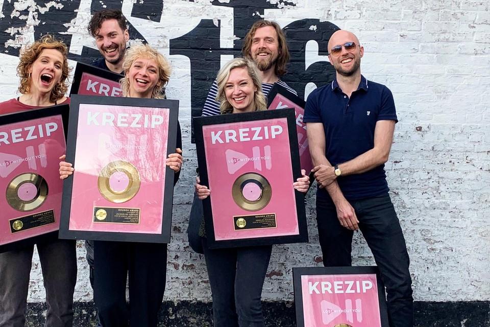 Jacqueline Govaert heeft met Krezip al een prijs te pakken: een gouden plaat.