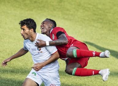 Telstar-speler Roscello Vlijter is paspoort kwijt en komt Suriname niet uit