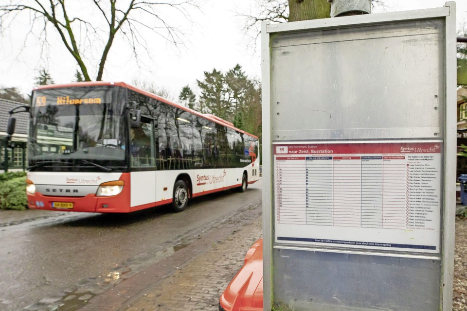 De bus in Lage Vuursche rijdt alleen nog doordeweeks.