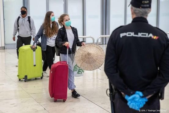 Toeristen vanaf juli onder voorwaarden weer welkom in Spanje