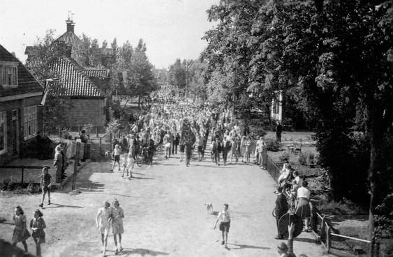 Het ongekende verhaal van Landsmeerse verzetsvrouw Guusje Goede: smokkelde duizenden guldens voor onderduikers door bezet Amsterdam, namens bankier van het verzet Walraven van Hall
